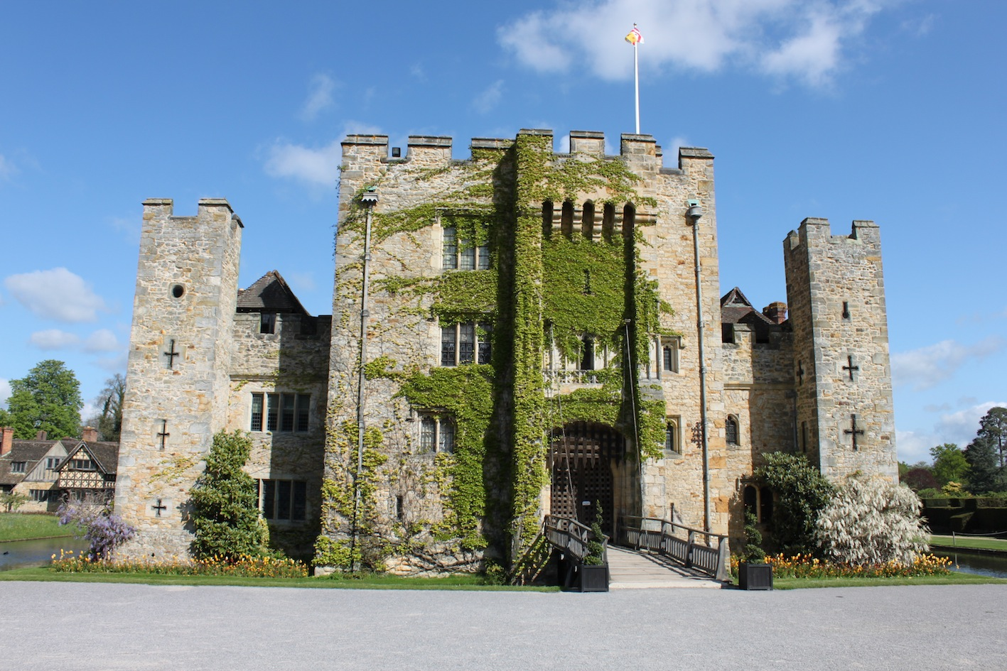 Anne boleyn s childhood home hever castle for Castle homes