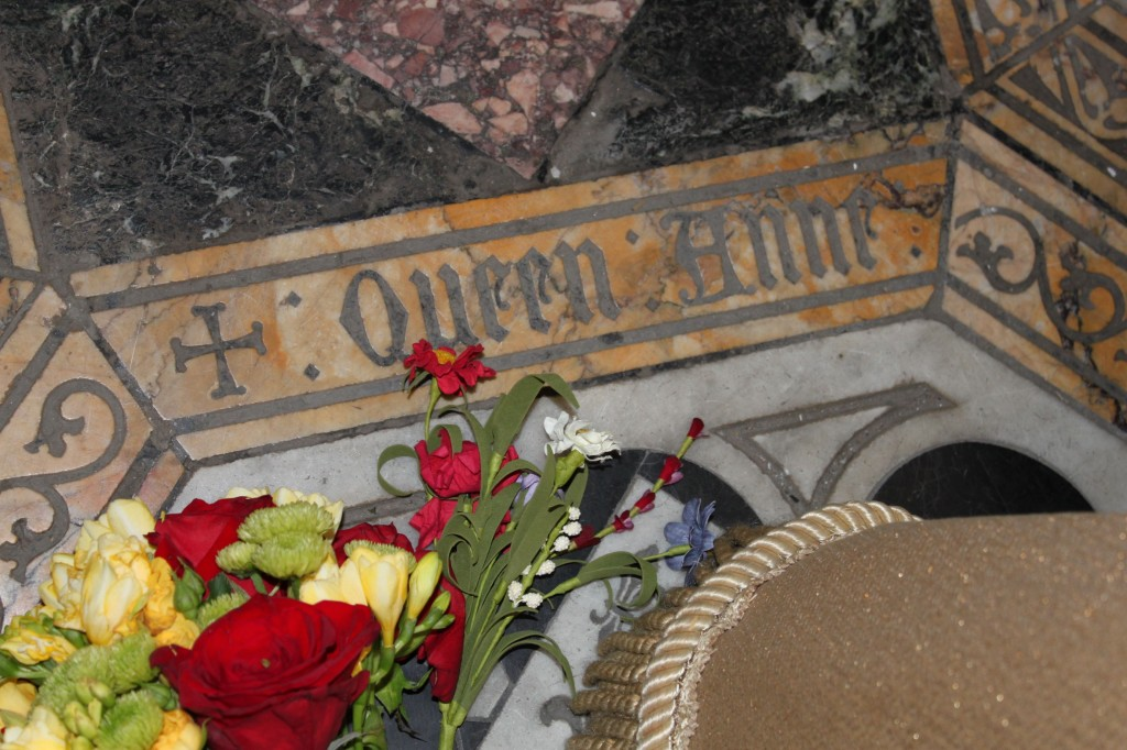 The gallery for --> Queen Jane Seymour Grave